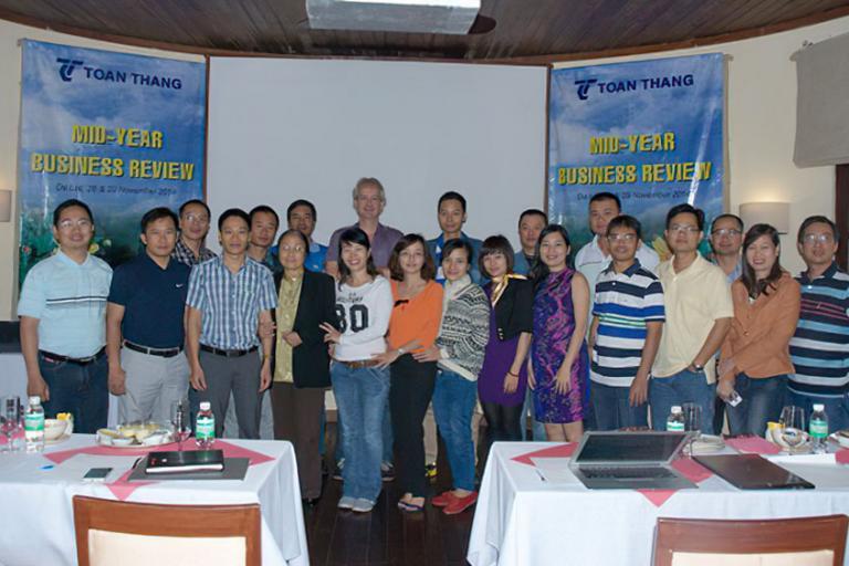 Company-Mid-Year-Meeting-2014