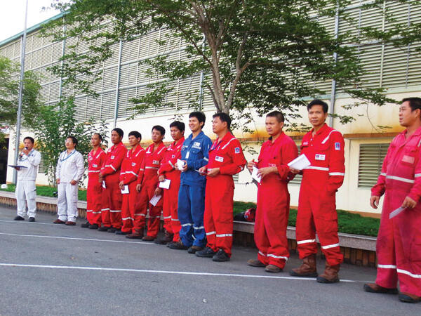 Valves Service at Site for 3rd Turnaround BINH SON REFINERY
